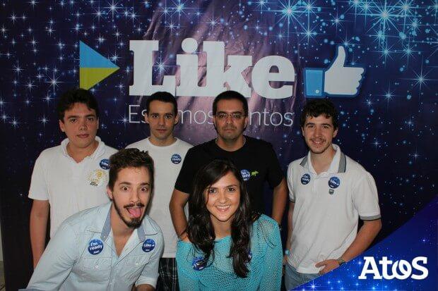 EVENTO EMPRESARIAL TOTEM DE FOTO IPIXX BH LIKE ATOS